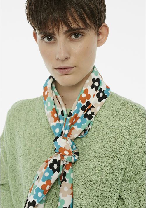 scarf print accessories