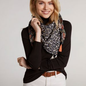 oui scarf animal print