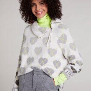 oui furry heart knit