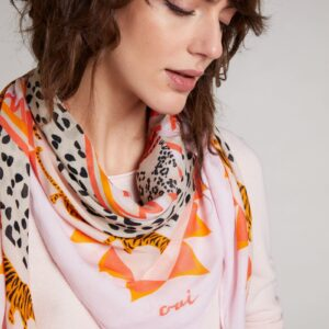 oui scarf in animal print