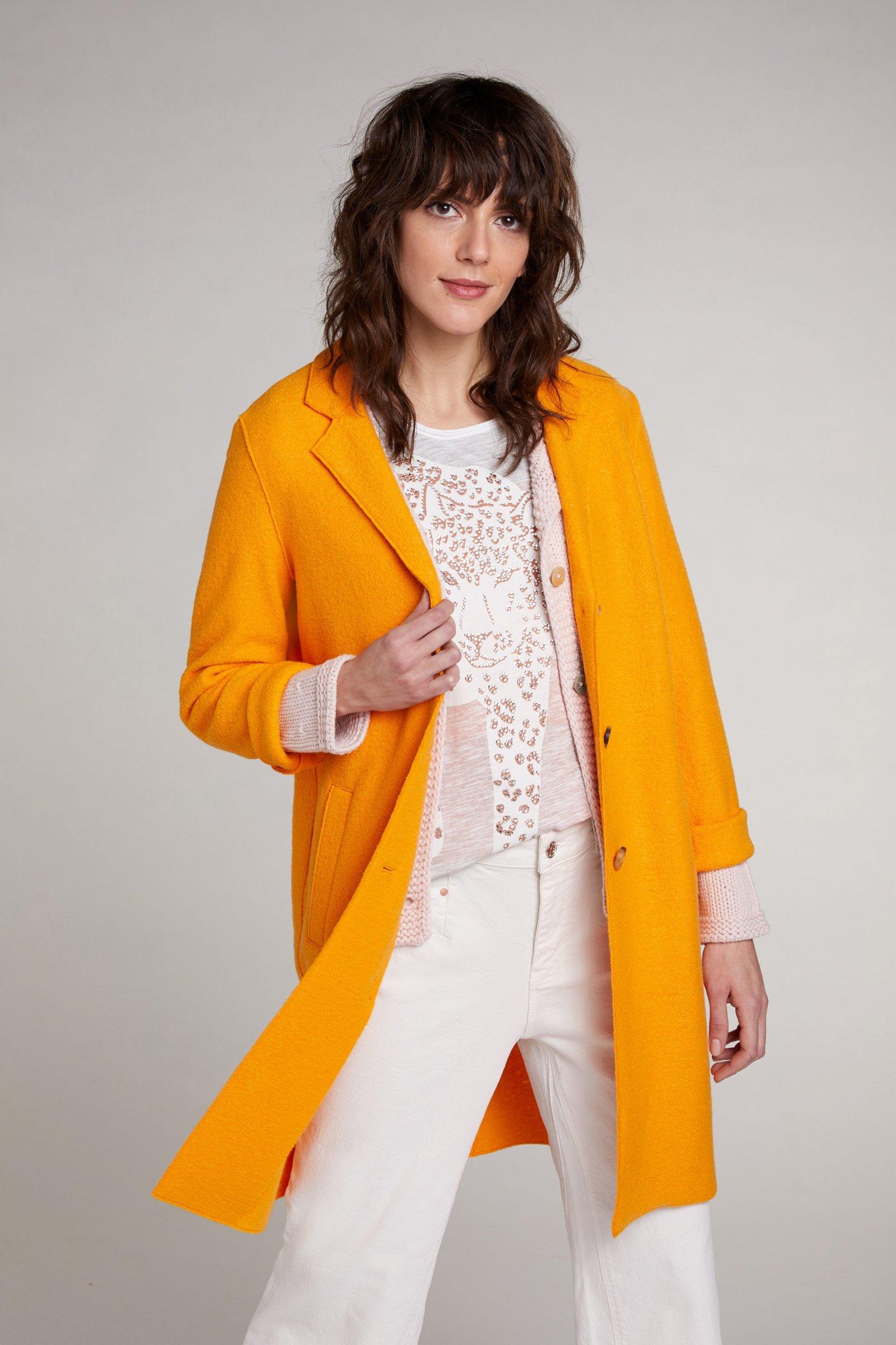 oui orange coat