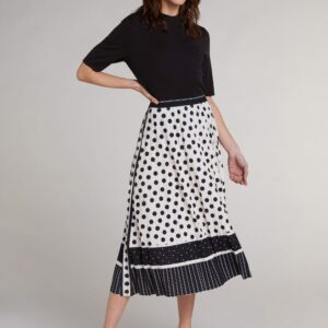 oui pleated skirt effigy