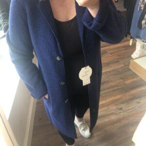 oui coat