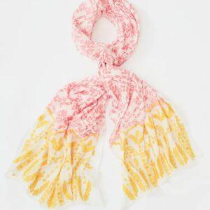 white stuff scarf